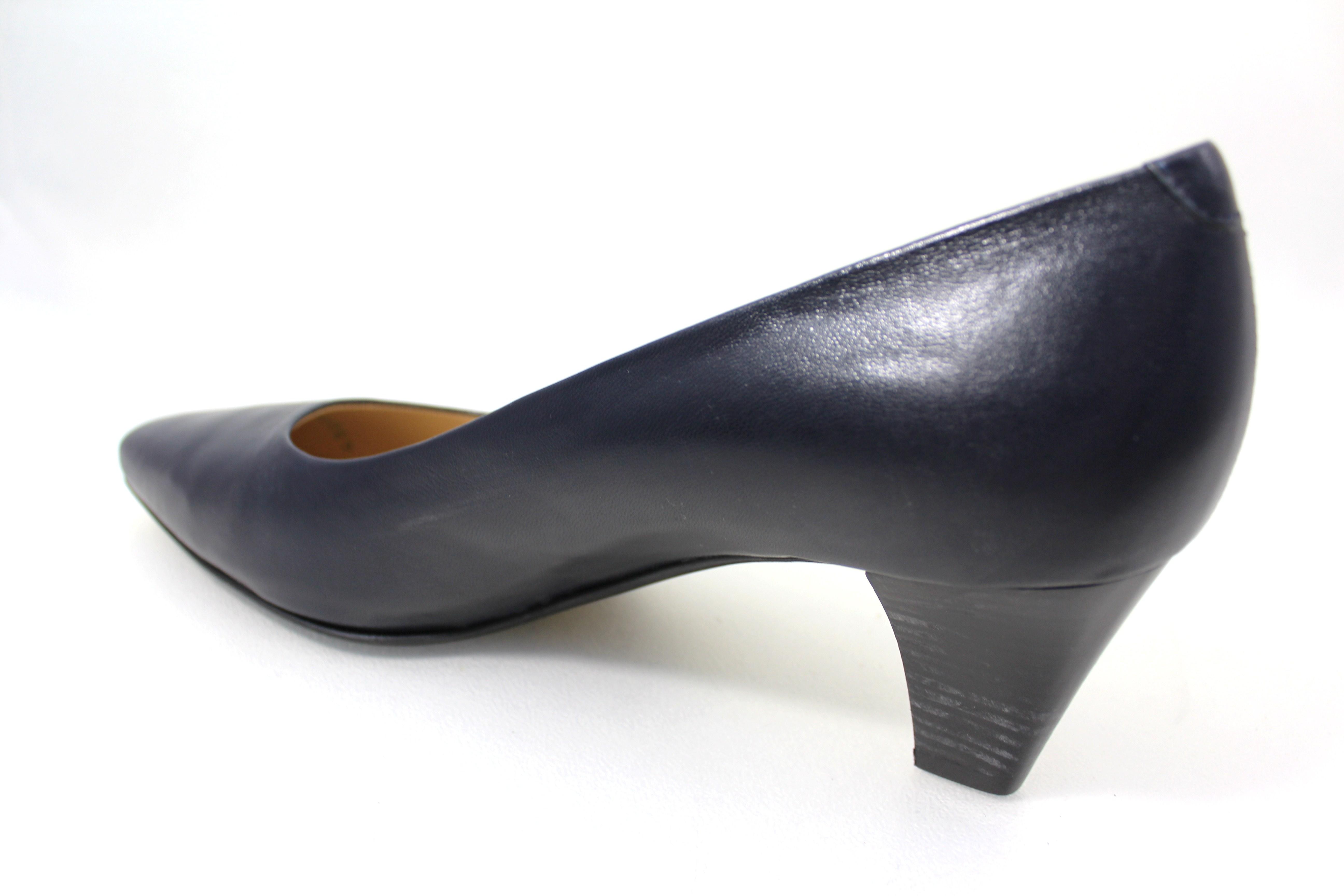 toscanini schuhe in ber und untergr en pumps 22281003. Black Bedroom Furniture Sets. Home Design Ideas